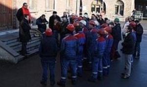 Face à une grève qui ralentit sa production, LME veut suspendre les contrats de ses salariés.
