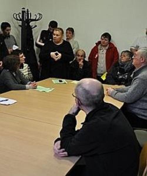 La CGT a organisé hier, à la bibliothèque principale, une réunion d'information sur ce problème de harcèlement moral supposé.