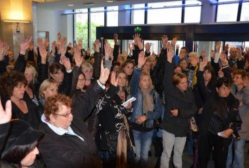 Brest. Grève dans les cantines : le mouvement dans l'impasse. La grève, «impulsée par un moteur féminin», a été une nouvelle fois reconduite, hier.
