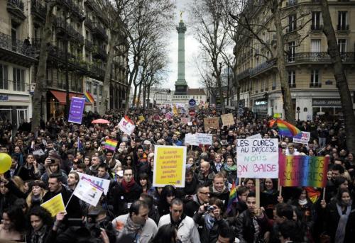 La manifestation a réuni 60 000 personnes selon la police, 150 000 selon les organisateurs.
