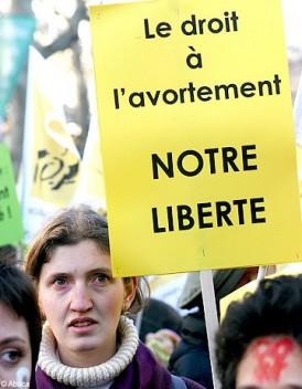 A-Paris-les-centres-IVG-sont-en-danger_mode_une