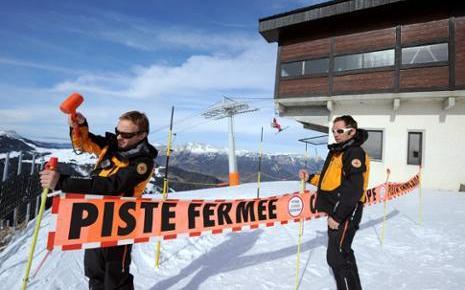 Les stations de ski sont très demandeuses de travailleurs saisonniers / AFP