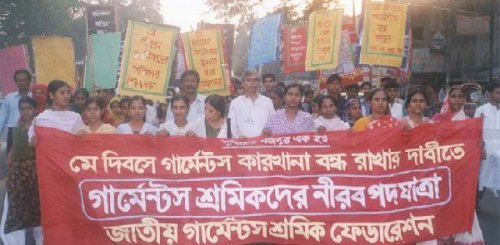 1 mai 2001 à Dakha