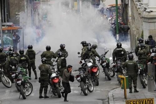 Affrontements entre ouvriers et forces de répression
