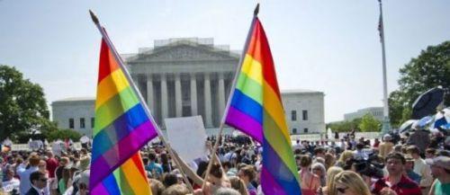 Washington, (Etats-Unis), le 26 juin 2013. Des milliers de partisans du mariage gay réunis devant la Cour suprême.