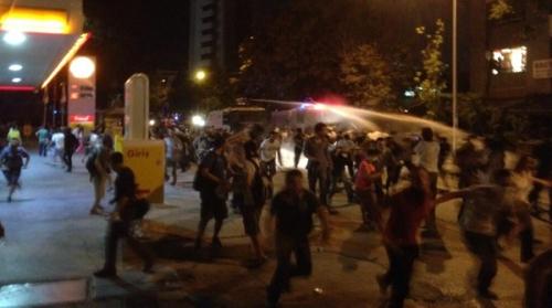 Ankara, intervention des forces de répression