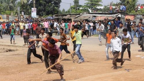 Affrontements entre ouvriers et forces de répression à Gazipur le 23 septembre