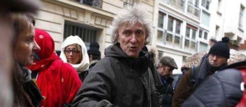 ARCHIVES. Le porte-parole du DAL, Jean-Baptiste Eyraud, a eu deux côtes fracturées samedi.