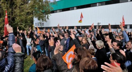 Deux à trois cents salariés de La Redoute réunis en assemblée générale sur le site de Wattrelos ont voté ce jeudi le principe d'une grande manifestation à Lille jeudi prochain.