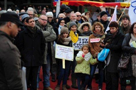 Le rassemblement était prévu place Saint-Roch devant le marché