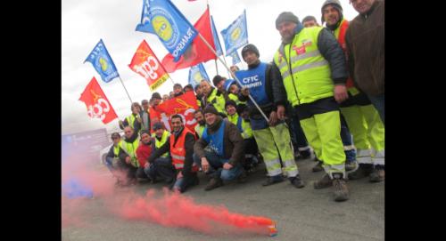 Hier après-midi, le piquet de grève des salariés de COVED était installé en face du siège régional de l'entreprise, aux Prés Loribes.