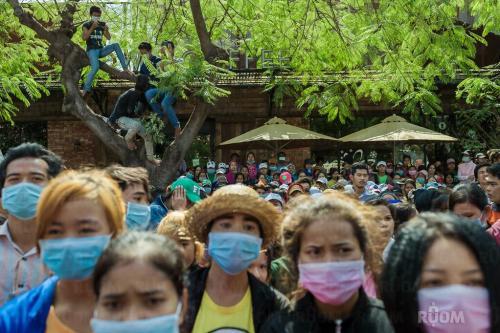 Manifestation ouvrière devant le ministère du travail, 27 décembre