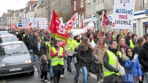 Il y avait 200 manifestants selon les forces de l'ordre et 400 selon les organisateurs