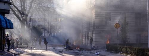 Des émeutiers à proximité de la présidence à Sarajevo © Klix.ba