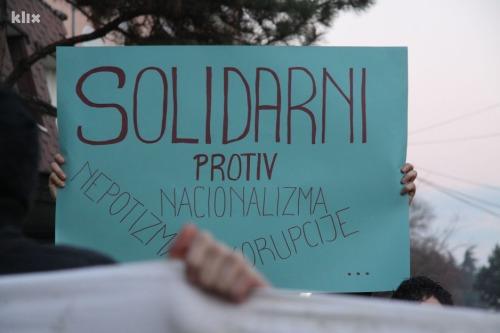 """""""Solidarité contre le nationalisme, le népotisme, la corruption"""""""