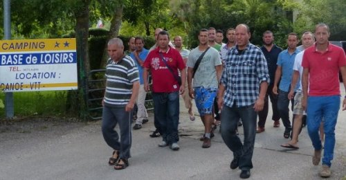 depuis-mardi-le-gerant-de-la-base-de-plein-air-de-saint-mihiel-heberge-gratuitement-la-quarantaine-de-marocains-en-esperant-tout-de-meme-que-la-situation-va-vite-etre-reglee-et-que-les-touristes-en-pleine-saison-