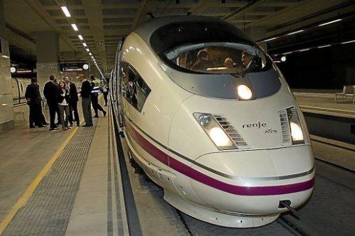 l-ave-s-100-inaugural-du-troncon-barcelone-figueres-en_372306_516x343