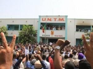 Untm-union-nationale-travailleur-mali-bourse-travail-mouvement-300x224