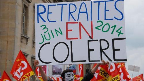 Manifestation contre le gel des pensions de retraite, le 3 juin 2014 à Paris. (PATRICE PIERROT / CITIZENSIDE / AFP)