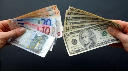 FILES-EUROZONE-US-ECONOMY-GROWTH-INFLATION