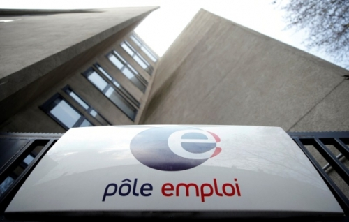 2014-06-12t170025z-1007180001-lynxmpea5b0s6-rtroptp-3-ofrtp-france-pole-emploi-greve