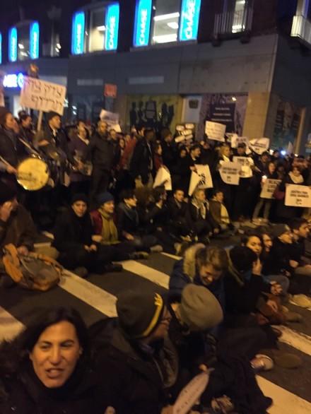 rabbi-protest3-e1417756188614