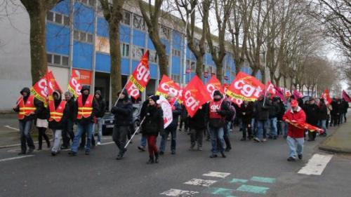 une-manifestation-contre-la-loi-macron