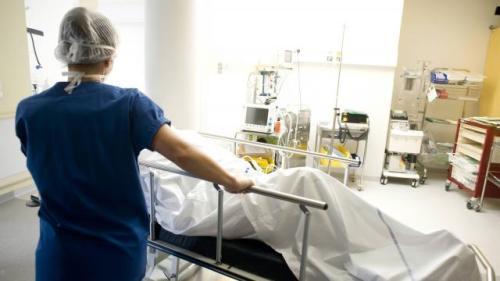 Infirmiers et aides-soignants protestent en particulier contre les astreintes de week-end. | Archives Ouest-France