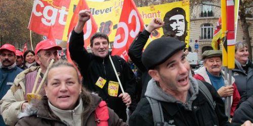 1675591_3_535f_des-salaries-de-fralib-manifestant-a_1e425b0cd2c76c2127347d956382459e