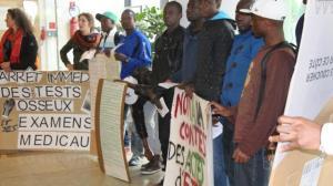 70-personnes-manifestaient-devant-le-chu
