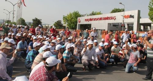 Ouvriers en grève à l'usine Tofas de Bursa