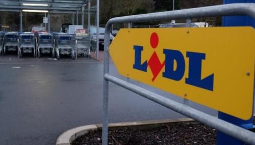 Yannick, 33 ans, s'est suicidé dans les entrepôts de LIDL à Rousset.  (P. STOLLARZ/AFP)