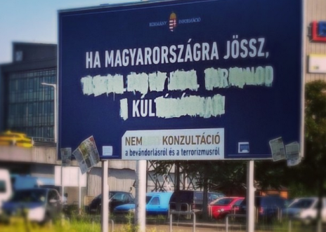 Corrigé en : « Si viens en en Hongrie… C'est cool. »