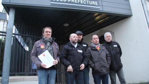 greve-des-bus-lannion-les-chauffeurs-recus-en-sous-prefecture