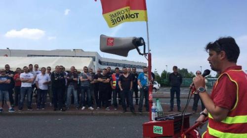 loi-travail-la-greve-reconduite-la-raffinerie-total-du-havre